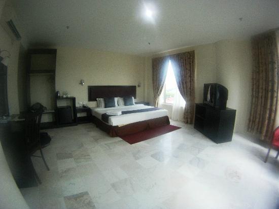 マイ ホテル, 室内