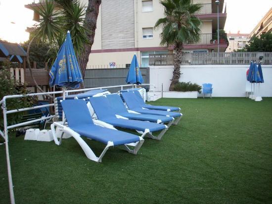 Hotel GHT Balmes & Apartments: Die Liegen