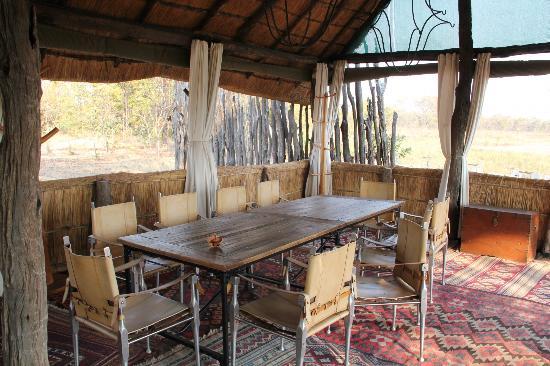 Zungulila Bushcamp - The Bushcamp Company: Facciamo colazione?