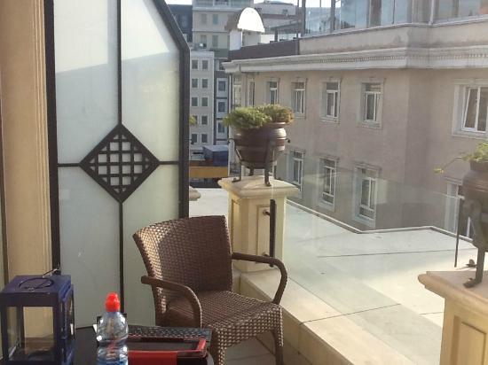 Neorion Hotel: Balcony