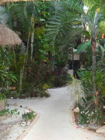 Kinbe Hotel: Beautiful gardens