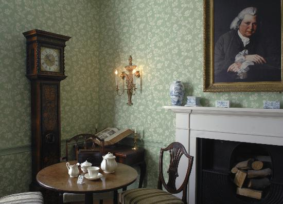 Erasmus Darwin House: Study
