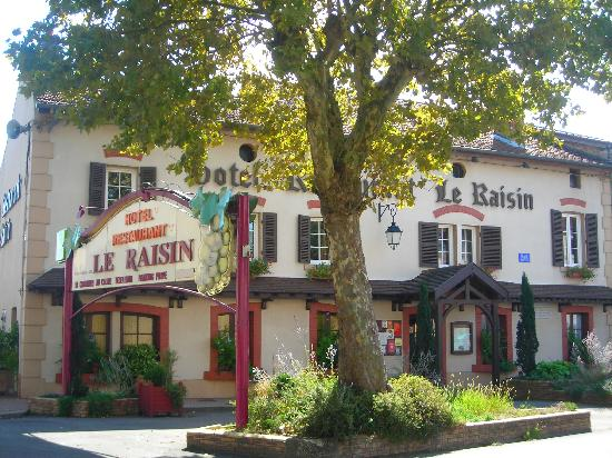 Hotel Le Raisin : Façade de l'établissement