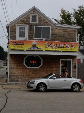 Skaliwag's storefront as seen from the street