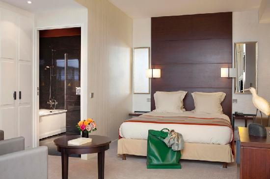 Hotel le Senat: Room