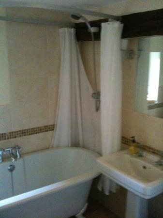 West Barn B&B : luxurious bathroom