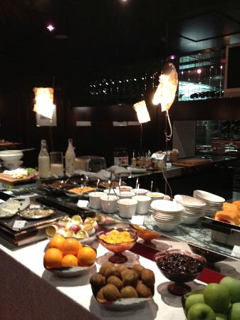 Aleph Hotel Rome: Breakfast buffet