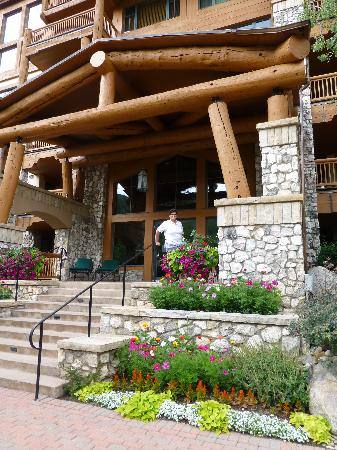 front of the Elkhorn Lodge