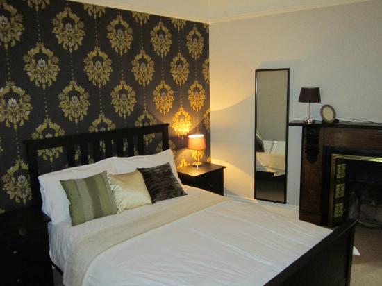 The Midland Hotel - Restaurant: family room (4)