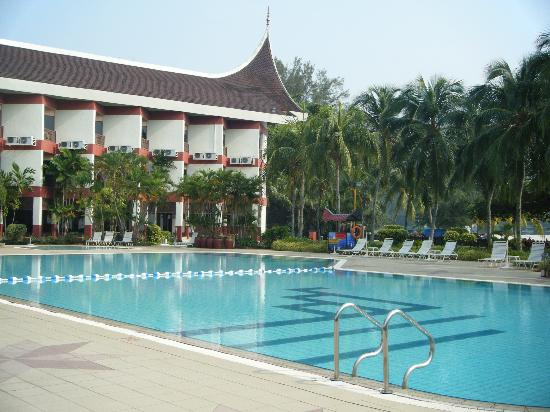 The Grand Beach Resort: Nice Pool