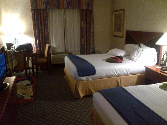 Miles City Hotel & Suites: camera double queen