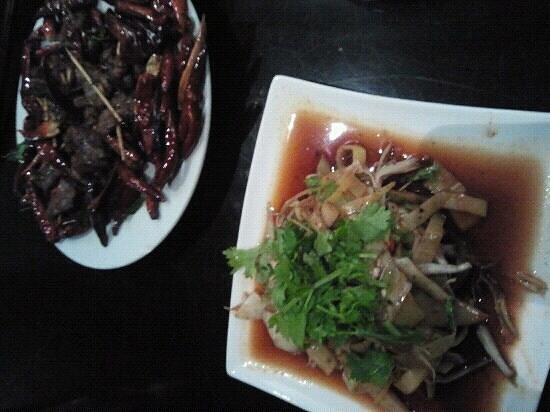piatti tipici dello Yunnan, southern barbarian