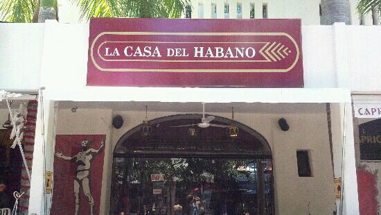 La Casa del Habano : front facade
