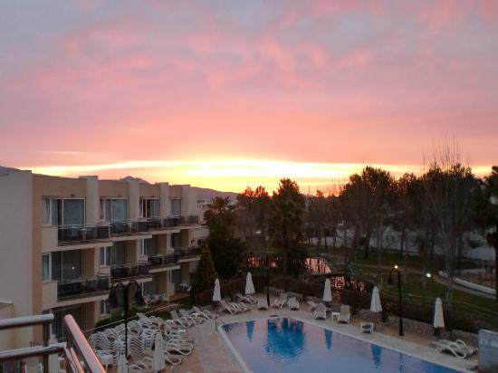 Aparthotel Duva & Spa: sunset view from our room