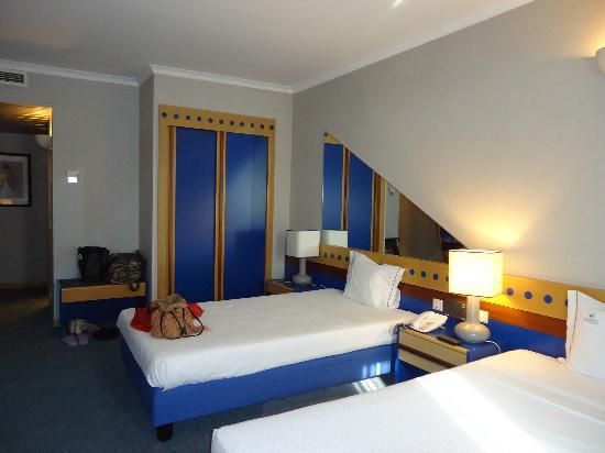 3k Barcelona Hotel: Habitación