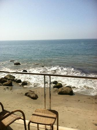 Malibu Beach Inn: View From Room