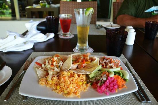 El Dorado Maroma, by Karisma: Lunch at Pepitos (Mexican themed lunch)