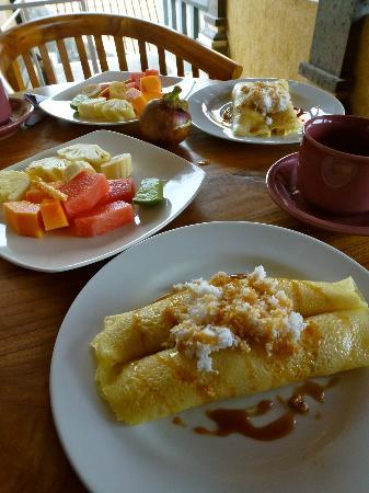 Jangkrik Homestay: Breakfast!