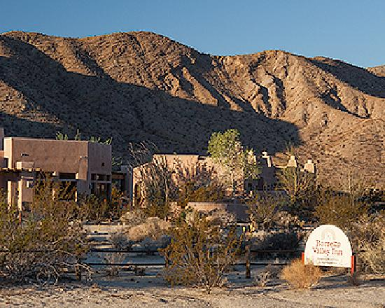 Borrego Valley Inn: Sunrise at the Inn