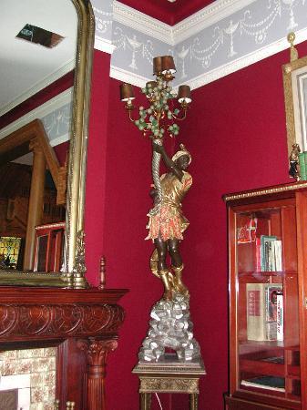 Chateau Tivoli Bed & Breakfast: Altro particolare soggiorno