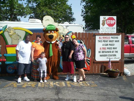 Yogi Bear's Jellystone Park: Photo op with Yogi