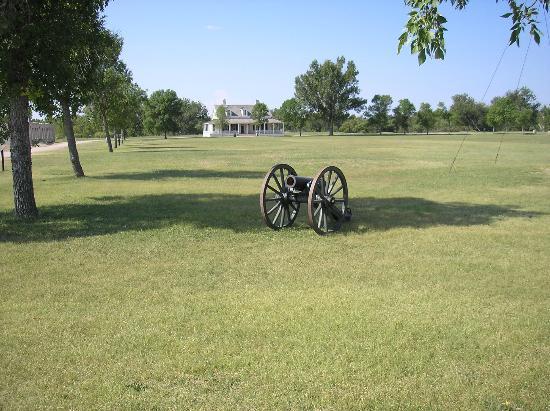 Fort Laramie National Historic Site: Parade Gounds