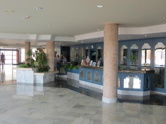 Best Age Fuerteventura: Reception