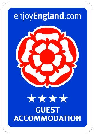 Cherry Tree House Hotel: four star rated