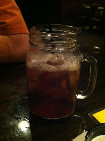 FireFly Restaurant: Sweet Tea in a Mason Jar