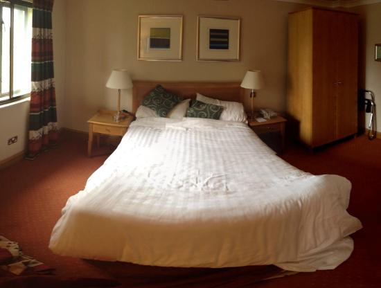 Oxford Spires Hotel: Room 401