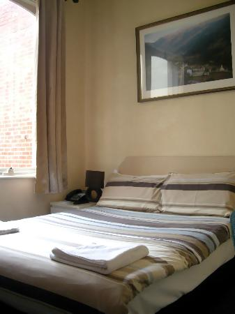 Dolma Hotel: Double Bed