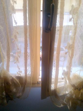 Actinia Accommodation: maniglia finestra