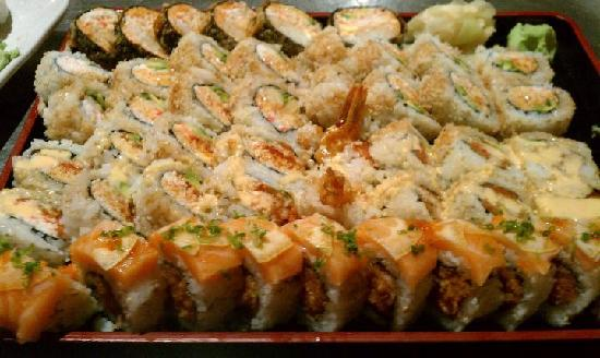 Nakama Sushi Restaurant & Lounge: Hungry Yet?