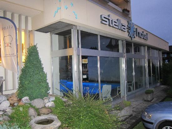 Stella Hotel Interlaken: Nice lighting in the pool area