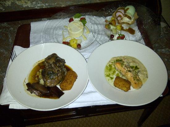 Killarney Royal: Main courses and desserts.