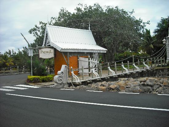 Entr e de l 39 hotel picture of preskil beach resort for Entree hotel