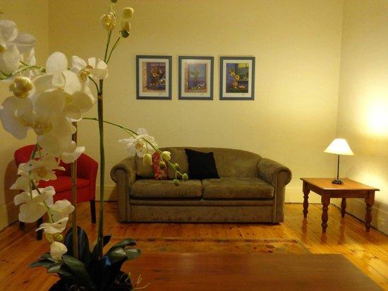 Glenelg Gateway Apartments : House - Lounge Room