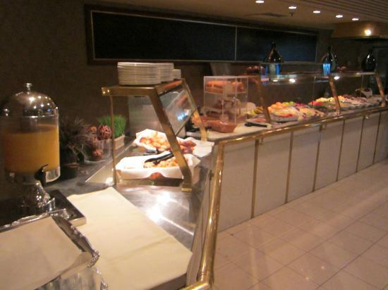 Hilton Montreal/Laval: Breakfast