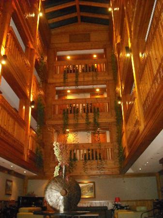 Nordic Hotel: intérieur hôtel