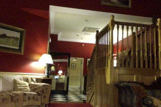 The Lounging Quarters at the 19th Lodge