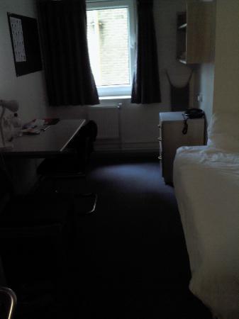 LSE High Holborn Residence: Habitación sencilla, acogedora, y muy tranquila