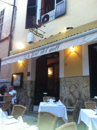 La Font del Gall: Delicious! You must try this place!