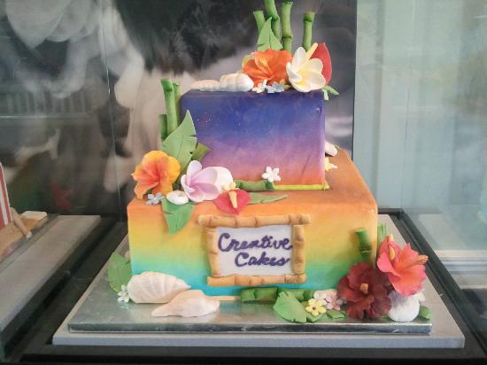 Old Towne Orange Walking Food Tours: Last stop~ Creative Cakes