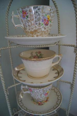 The Painted Lady Bed & Breakfast and Tea Room: Yes, we serve tea!