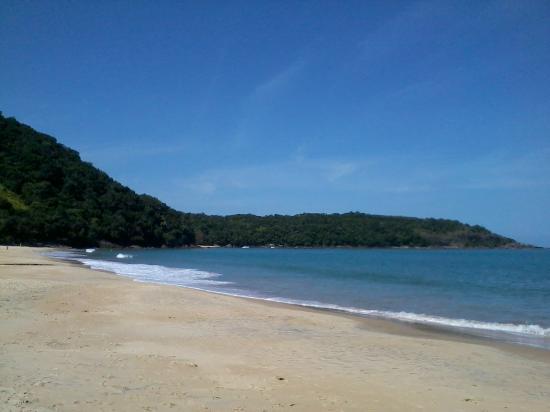 Francis Hotel: Praia da Ponta Aguda (próximo à pousada)