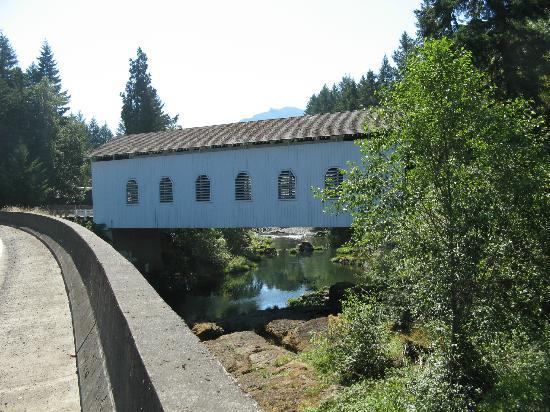 Cottage Grove Covered Bridge Tour Route: Mossby Creek Bridge