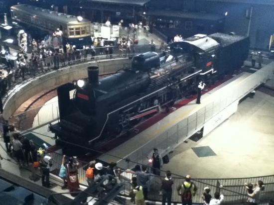 The Railway Museum: ターンテーブル