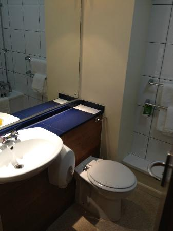 Premier Inn Maidstone (A26/Wateringbury) Hotel: Bathroom