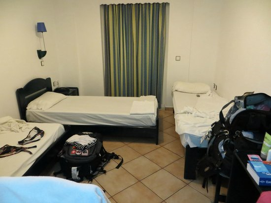 """The Pink Palace : """"Corfu Backpackers"""" 3-Bed Dorm"""