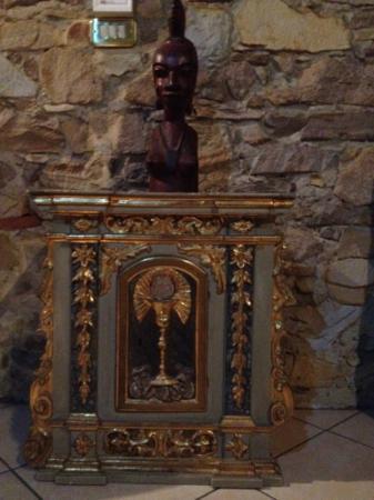 Emma B&B: artefact 1: a tabernacle